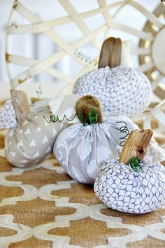 To the untrained eye this simply looks like a post about fabric pumpkins. But it's not. It's a post about finding a solution to an obvious problem. It's about facing pumpkin adversity and coming out the victor. It's about trying, failing, getting up, dusting yourself and your pumpkin off…. ….andgetting back into the game. Can …