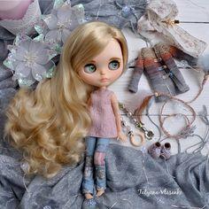 """455 mentions J'aime, 16 commentaires - Blythe dolls Текстильные Куклы (@tatyana_vlasenko_) sur Instagram : """"Осталось у меня ещё немного фото этой красотки, почему бы не показать) ✨Всем привет с трудовыми…"""""""