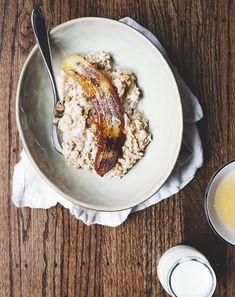bowl of breakfast oats.