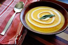 Delicious and aromatic soup perfect for fall! Roasted Butternut Squash and Apple Soup with Cinnamon Crème Fraîche via insockmonkeyslippers.com