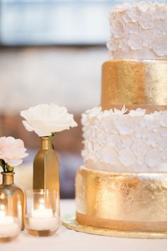Gold + White Cake #Cake #Wedding #Watters http://www.pinterest.com/wattersdesigns/