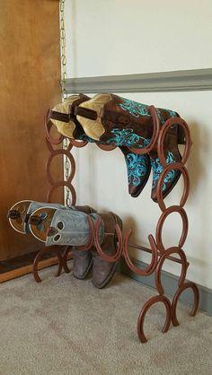 Boot rack made only of horseshoes #horse #horseshoe #art #horseshoeart http://www.islandcowgirl.com/