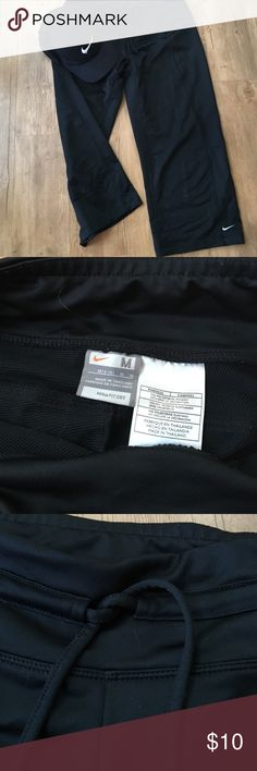 Nike crop running pants Nike black Capri/crop running pants. Thicker material. Very well made. Never worn. Size medium Nike Pants Track Pants & Joggers