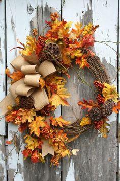 Simple but beautiful wreath Autumn Wreaths, Holiday Wreaths, Wreath Fall, Grapevine Wreath, Wreath Crafts, Diy Wreath, Door Wreaths, Fall Crafts, Holiday Crafts