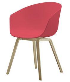 une chaise presque starck moins de 50 euros conception de bureau bureaux et design. Black Bedroom Furniture Sets. Home Design Ideas