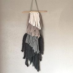 How to Weave a Fringed Wall Hanging – Schacht Spindle Company Weaving Wall Hanging, Wall Hangings, Tapestry Loom, Make Your Own, Make It Yourself, Funky Home Decor, Home Decor Trends, Dream Catcher, Sewing Crafts
