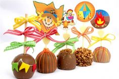 tellastella / Tella S Tella Festival Must Haves, Chocolate, Caramel Apples, Gingerbread Cookies, Cupcake Cakes, Crafts For Kids, Christmas Ornaments, Halloween, Holiday Decor