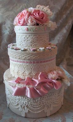 Angela Lace Hat Boxes . Hat Boxes That Look Like Cake ....