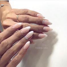 Installation of acrylic or gel nails - My Nails French Nails, French Acrylic Nails, Acrylic Nail Shapes, Acrylic Nail Designs, Bride Nails, Wedding Nails, Gorgeous Nails, Pretty Nails, Nail Manicure