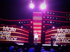 Male artist of the year Brody - and looking good! Country Music Association, Dean, Awards, Neon Signs, Artist, Artists