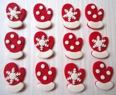 Winter Edible Cupcake Toppers Mitten Cupcake by CakesAndKids, $17.95