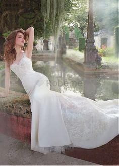 Robe de mariée en satin extensible naturel sans manches appliques