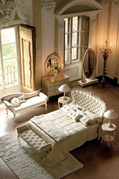Italian Reproduction Winged Luxury Bed finished by artisans with a luxurious painted frame shown in an antiqued ivory with bleached gold handpainted detail and button upholstered with a high quality linen. Best Interior Design, Top Interior D Italian Furniture, Luxury Furniture, Bedroom Furniture, Bedroom Decor, Best Interior Design, Interior Decorating, 3d Home, Interior Exterior, Luxury Bedding