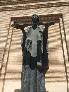 Angel de la ciudad de Pablo Serrano