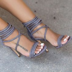 Street Style Sandals Type :Women Fashion Footwear Style: Streetwear Sandals Material: PU Fashion Element: Ankle Strap Sandal