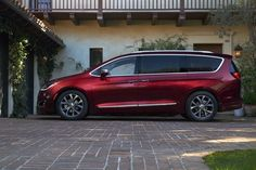 2018 Chrysler Pacifica Model  Chrysler Pacifica Car pictures and