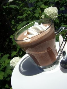 Vrai chocolat chaud au thermomix ! Smoothies Thermomix, Dessert Thermomix, Good Food, Yummy Food, Tasty, Food Videos, Sweet Recipes, Delish, Brunch
