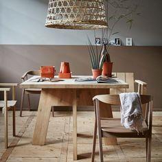 aan-tafel-designtafel-piet-hein-eek-vierkant