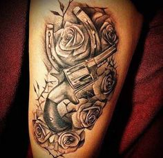 Horse shoe and guns tattoo. Guns and horse shoe for the hunters.