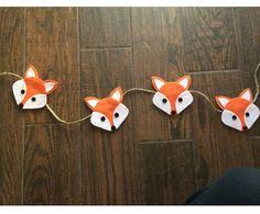 Woodland Fox Felt Garland. So cute! Decoration for a woodland themed birthday party, baby shower or nursery