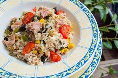 Salata calda cu ton orez si legume - Lucky Cake
