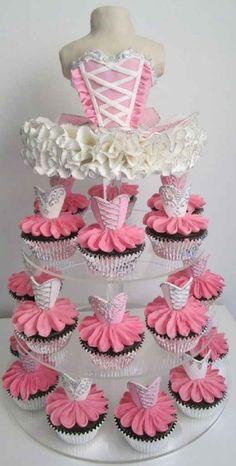 decoracion, modelos y diseño de tortas de 15 años (37)