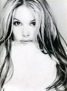 Model Elle Macpherson. Born Eleanor Nancy Gow 29 March 1964, Killara, Sydney