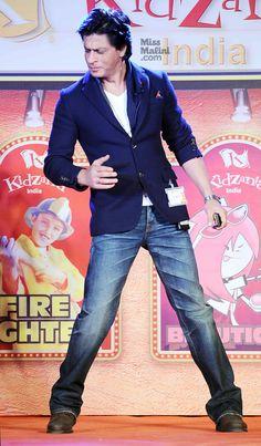 Shah Rukh Khan HEYYY SEXYYY BOYYY OPP OPO OPPP OPPA SHAHRUKH KHAN STYLE! <3 <3 LOVE UU SO SOO SOO MUCHH MY HEART  <3 <3 <3 <3 BY SILVA SRK