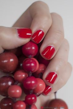 Nail Romance - shellac red nails Shellac, Red Nails, Natural Nails, How To Do Nails, You Nailed It, Festive, The Cure, Romance, Red Toenails