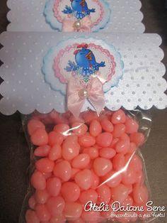 Empresa especializada em Scrap Festa Infantil. Convites, doces personalizados e lembrancinhas especiais em Curitiba.