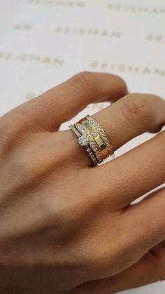 Cartier Love Wedding Band, Emerald Wedding Rings, Cartier Love Ring, Classic Wedding Rings, Wedding Ring Bands, Wedding Songs, Engagement Rings Couple, Engagement Ring Cuts, Women Jewelry
