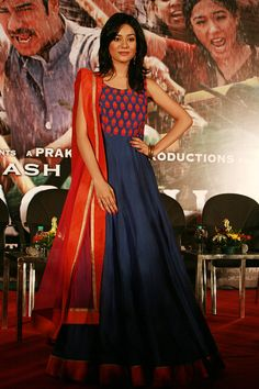 Amrita Rao looks good in a blue and orange anarkali at the music launch of Satyagraha #Bollywood #Fashion