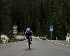 roads of sella pass, south tyrol, italy. #bbuc #outdoordisco #cycling