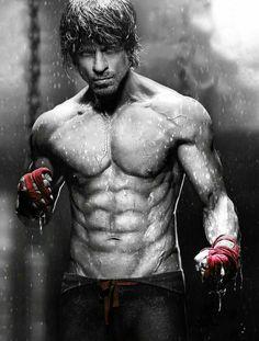 Dabboo Ratnani Calendar Bhumi, Shahrukh, John and Tiger Shroff unveiled their hotness Shah Rukh Khan Movies, Shahrukh Khan, Arnold Schwarzenegger, John Abraham, Human Poses Reference, Sr K, Tiger Shroff, Bollywood Stars, Man Photo