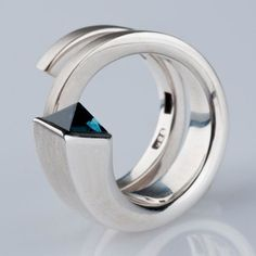 Silver & petrol blue tourmaline coil ring, designed & made in 2010 by Saskia Shutt.