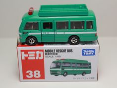 TOMICA NO.38 MOBILE RESCUE BUS 1/89 TOYOTA COASTER TAKARA TOMY JAPAN #Tomica #Toyota