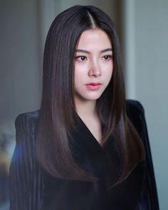 asian makeup – Hair and beauty tips, tricks and tutorials Most Beautiful Faces, Beautiful Hijab, Beautiful Asian Girls, Swag Girl Makeup, Girls Makeup, Selfies, Le Jolie, Beauty Women, Asian Beauty