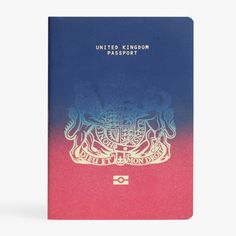 Ian Macfarlane has won first prize in Dezeen& Brexit passport design competition with a cover that transitions from burgundy to dark blue British Passport, New Passport, Passport Online, British Travel, Passport Cover, Apply For Passport, Uk Brexit, Divorce Papers, Stationery Design