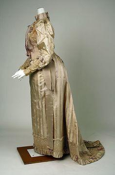 Dress (image 2) | John Redfern | American | 1892 | silk, cotton | Metropolitan Museum of Art | Accession #: 1981.515.1a, b