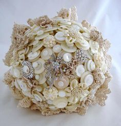Lillybuds Bespoke Button Bouquets and Brooch Bouquets