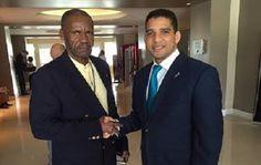 Federación Dominicana de Baloncesto (Fedombal), ingeniero Rafael Uribe, intercambió impresiones con su homólogo de Haití, durante la celebración del Congreso Anual de la Federación Internacional de Las Américas