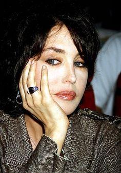 Nice ring. Nice earring. Nice Isabelle Adjani.