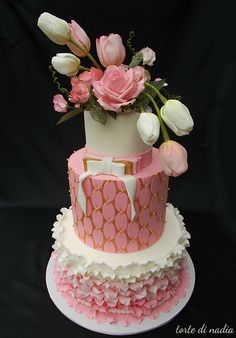 By torte di nadia. Cake Wrecks - Home Beautiful Wedding Cakes, Gorgeous Cakes, Pretty Cakes, Cute Cakes, Amazing Cakes, Crazy Cakes, Fancy Cakes, Pink Cakes, Tulip Cake