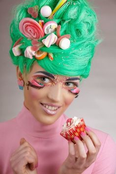 Picture result for candy girls Candy Girls, Candy Hair, Candy Makeup, Candy Costumes, Girl Costumes, Fantasy Hair, Fantasy Makeup, Costume Bonbon, Gouts Et Couleurs