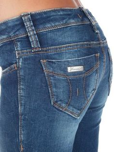 Fornarina online Scarpe, Abbigliamento, Scarpa on line Fornarina His Jeans, Denim Jeans, Skinny Jeans, Teen Shorts, Blue Jean Outfits, Sewing Jeans, Shorts With Tights, Western Wear, Denim Outfits