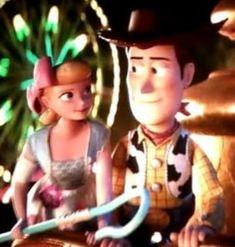 Sheriff Woody Pride: You're so beautiful, Bo Peep. Bo Peep: You're so sweet, Sheriff. Disney Pixar Movies, Disney Toys, Toy Story Funny, Woody And Jessie, Sheriff Woody, Animation Studios, Walt Disney Studios, Bo Peep, Short Film