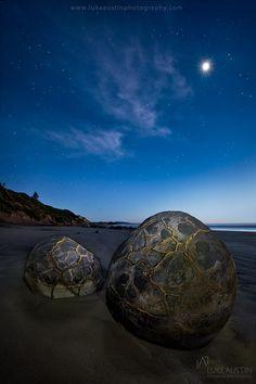 Moeraki Boulders - New Zealand by Luke Austin on 500px