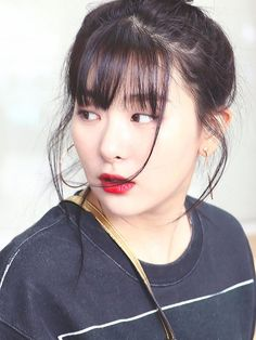 Ddeulgi is out. Seulgi is in🤘 Red Velvet Seulgi, Red Velvet Irene, Kang Seulgi, Velvet Fashion, Girl Inspiration, Cute Bears, Sooyoung, Queen, Pretty Asian