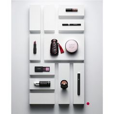 Essentials shot for @Tushmagazine. Beauty editor: Kathrin Kunz #Stilllifephotography #Stilllife #daniellindh #makeup #tushmagazine