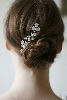 Pretty floral comb